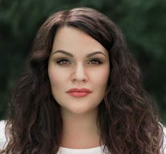Алена Разумова